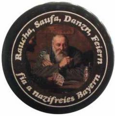 """Zum 25mm Magnet-Button """"Raucha Saufa Danzn Feiern fia a nazifreies Bayern (Kartenspieler)"""" für 2,20 € gehen."""