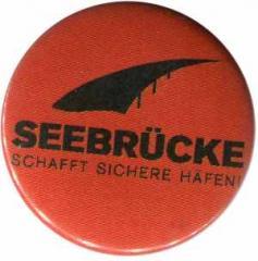"""Zum 25mm Magnet-Button """"Seebrücke (schwarze Schrift)"""" für 2,00 € gehen."""