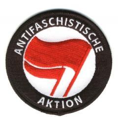 """Zum Aufnäher """"Antifaschistische Aktion (rot/rot)"""" für 3,00 € gehen."""