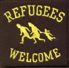 """Zum Aufnäher """"Refugees Welcome"""" für 3,00 € gehen."""