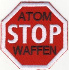 """Zum Aufnäher """"Stop Atomwaffen"""" für 3,00 € gehen."""