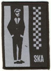 """Zum Aufnäher """"Ska"""" für 3,00 € gehen."""