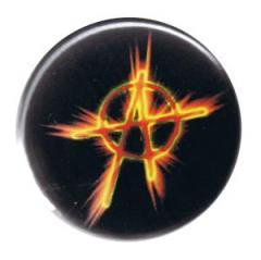 """Zum 37mm Button """"Anarchie Feuer"""" für 0,97 € gehen."""
