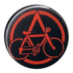 """Zum 37mm Button """"Anarchocyclist"""" für 1,00 € gehen."""