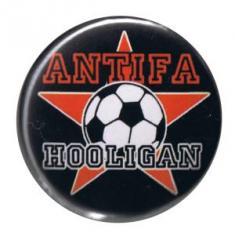"""Zum 37mm Button """"Antifa Hooligan"""" für 1,00 € gehen."""