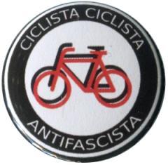 """Zum 37mm Button """"Ciclista Ciclista Antifascista"""" für 1,00 € gehen."""