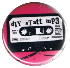 """Zum 37mm Button """"diy statt mp3"""" für 1,00 € gehen."""