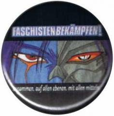 """Zum 37mm Button """"Faschisten bekämpfen"""" für 1,00 € gehen."""