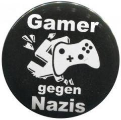 """Zum 37mm Button """"Gamer gegen Nazis"""" für 1,00 € gehen."""