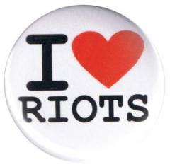 """Zum 37mm Button """"I love riots"""" für 1,00 € gehen."""