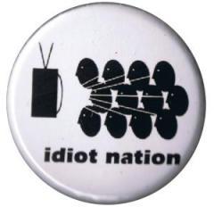 """Zum 37mm Button """"idiot nation"""" für 1,00 € gehen."""