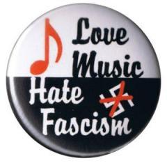 """Zum 37mm Button """"Love music - Hate fascism"""" für 0,97 € gehen."""