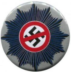 """Zum 37mm Button """"Nazis raus aus dem Staatsapparat"""" für 1,00 € gehen."""