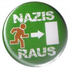 """Zum 37mm Button """"Nazis raus"""" für 1,00 € gehen."""