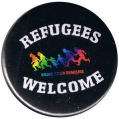 """Zum 37mm Button """"Refugees welcome (bunte Familie)"""" für 1,00 € gehen."""