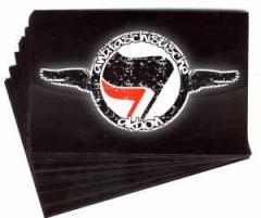 """Zum Aufkleber-Paket """"Antifaschistische Aktion"""" für 1,80 € gehen."""