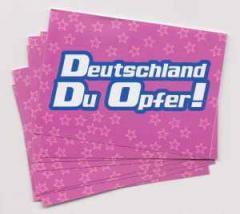 """Zum Aufkleber-Paket """"Deutschland du Opfer! - pink"""" für 1,75 € gehen."""