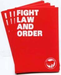 """Zum Aufkleber-Paket """"Fight Law and Order"""" für 1,80 € gehen."""