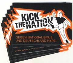 """Zum Aufkleber-Paket """"Kick the Nation!"""" für 1,75 € gehen."""