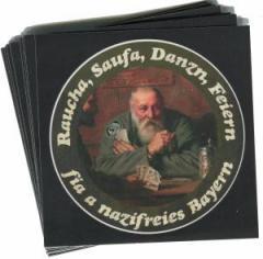 """Zum Aufkleber-Paket """"Raucha Saufa Danzn Feiern fia a nazifreies Bayern (Kartenspieler)"""" für 1,75 € gehen."""