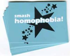 """Zum Aufkleber-Paket """"smash homophobia!"""" für 1,80 € gehen."""