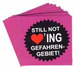 """Zum Aufkleber-Paket """"Still not loving Gefahrengebiet!"""" für 1,80 € gehen."""