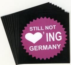 """Zum Aufkleber-Paket """"Still Not Loving Germany"""" für 1,60 € gehen."""